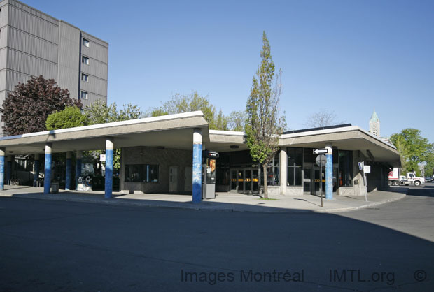 Laurier Metro Station - Montreal